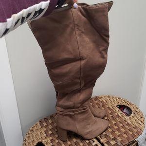over the knees block heels